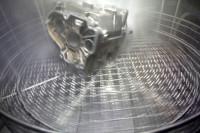 Metallteil in Teilewaschmaschine