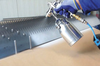 Lamellen werden mit E-WELD Shield benetzt